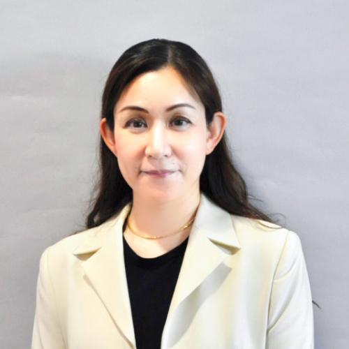 代表取締役社長 花岡 里香 写真
